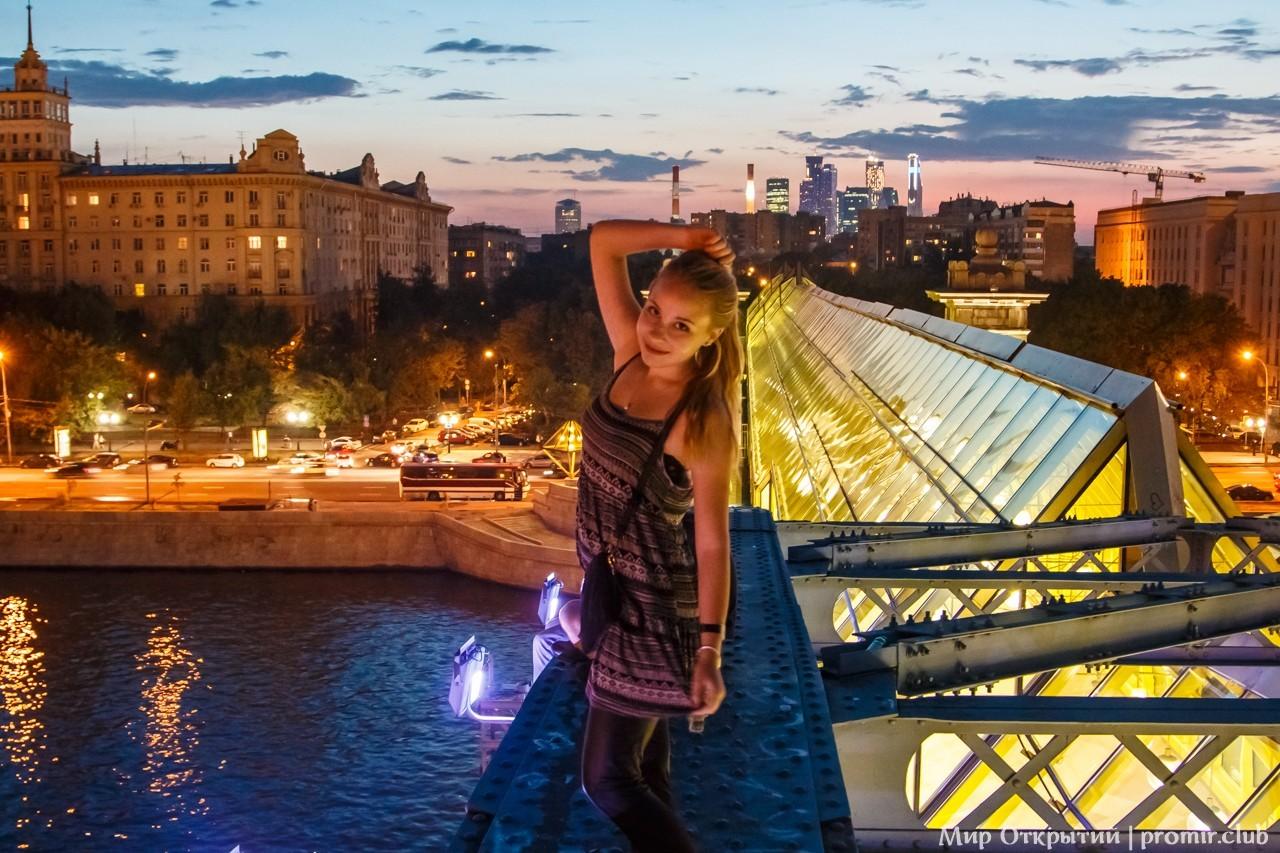 Ночной город, Москва