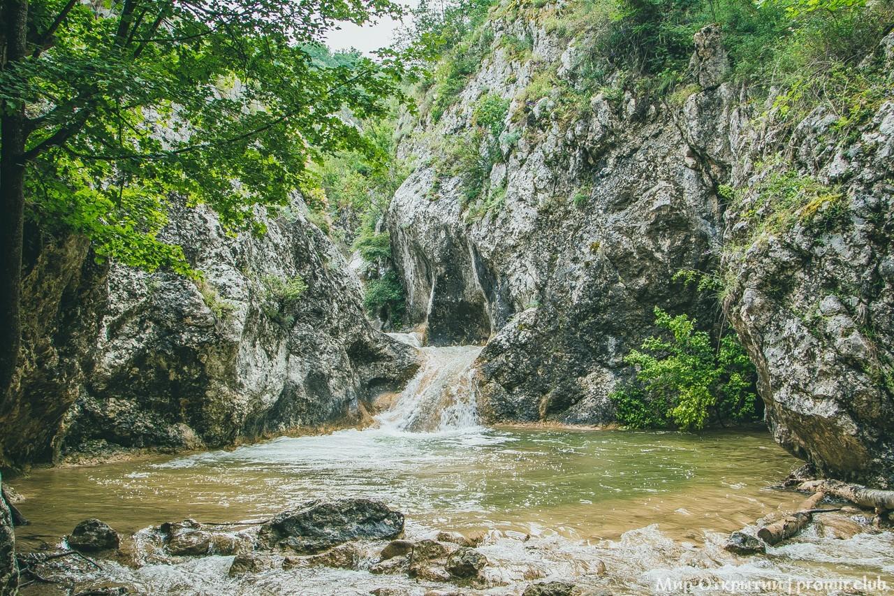 Ущелье реки Бага, Байдарская долина
