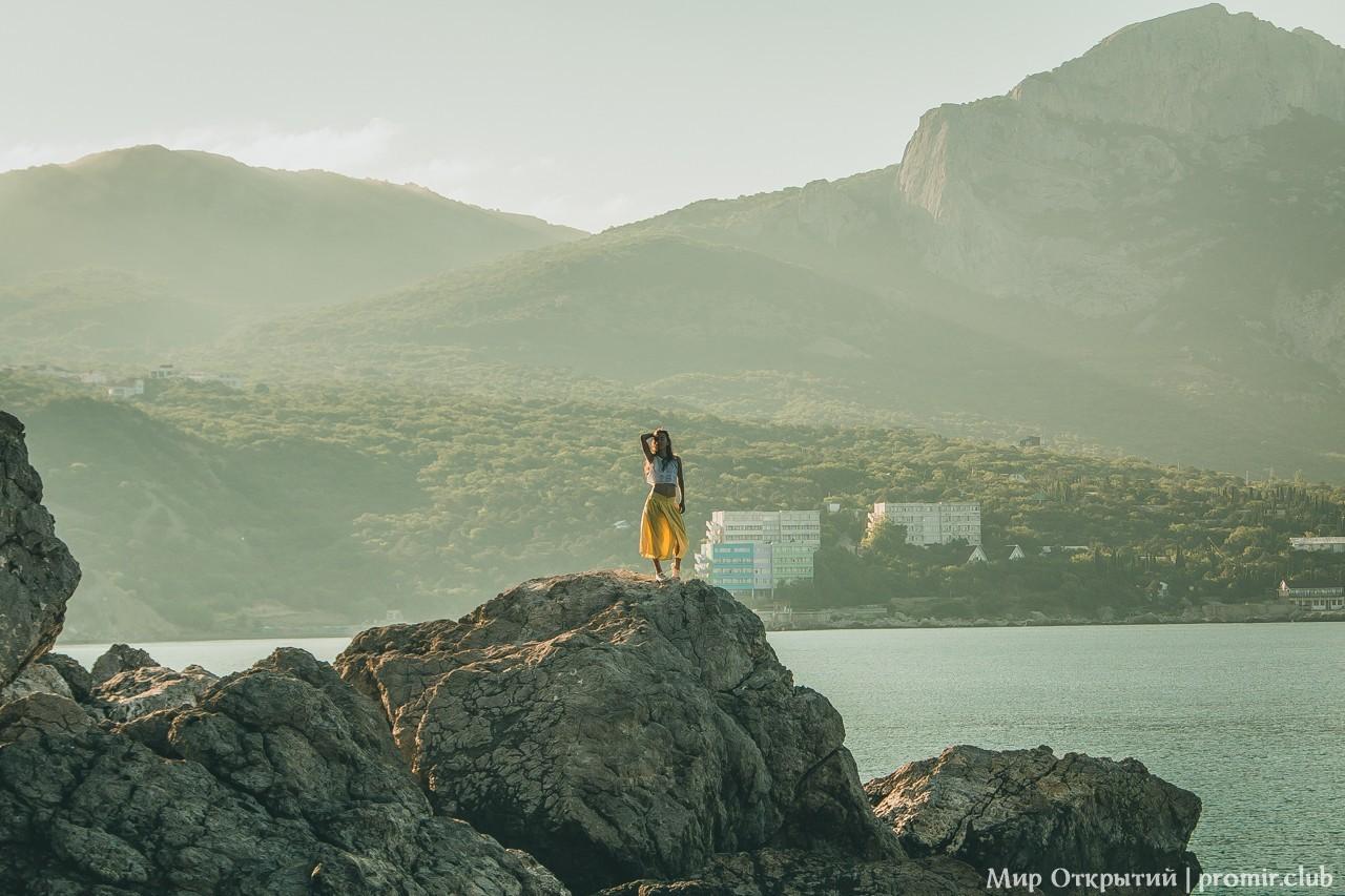 Вид на бухту Ласпи, урочище Батилиман