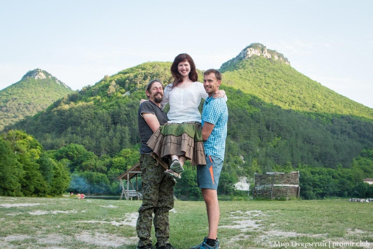 Отдых у Мангуп-Кале, горный Крым