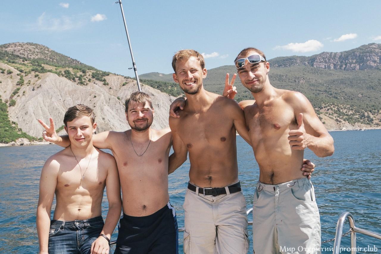День рождения на яхте, Балаклава