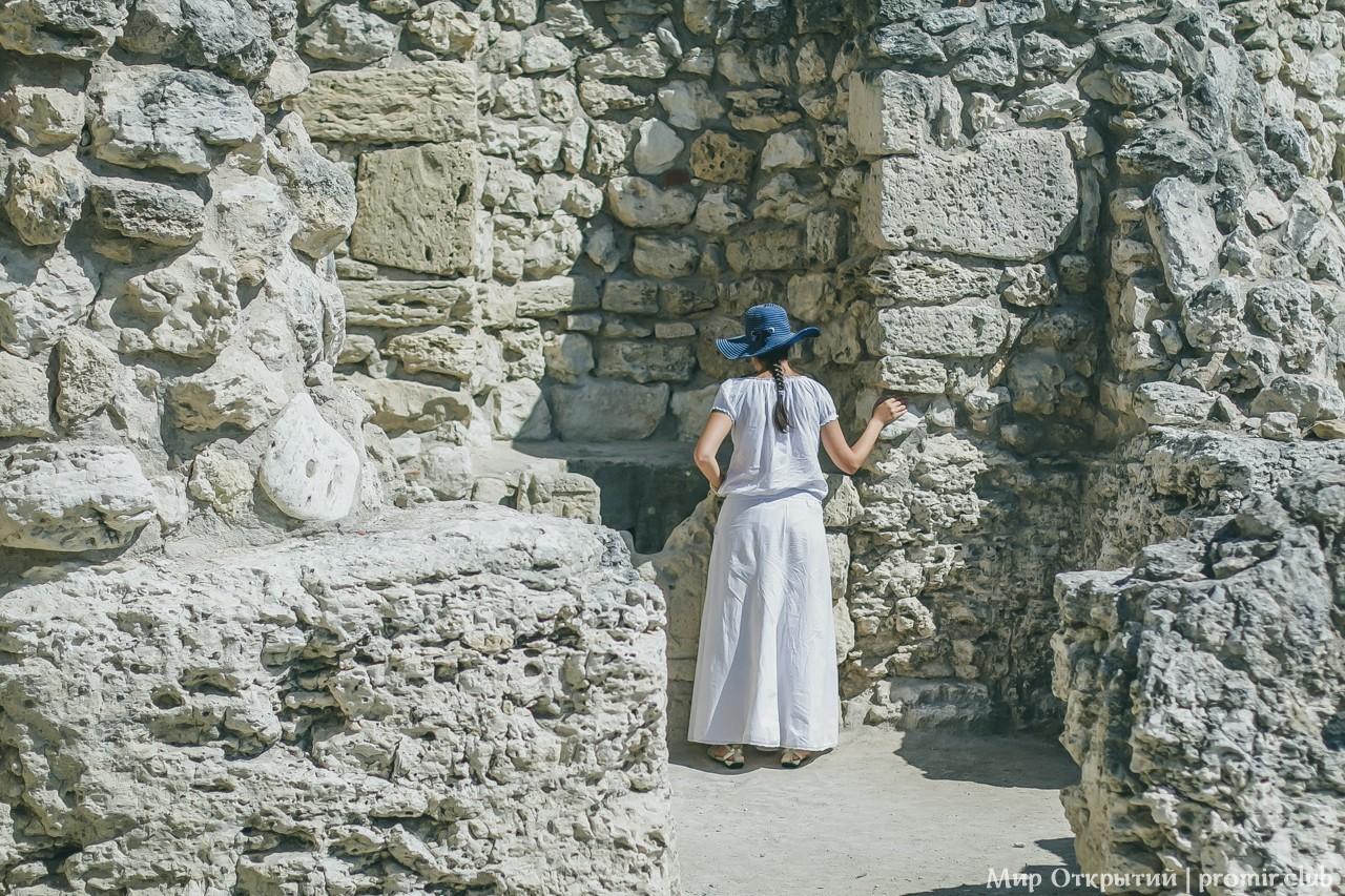 Общение с древностью, Севастополь