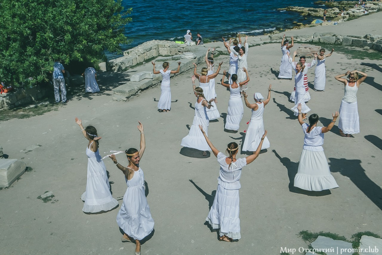 Танцы у моря, Севастополь